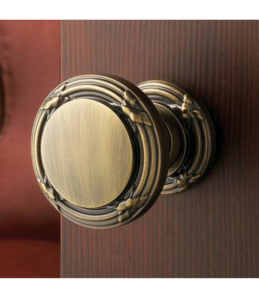 Ribbon and Reed 5013 Knob with 5016 Rose