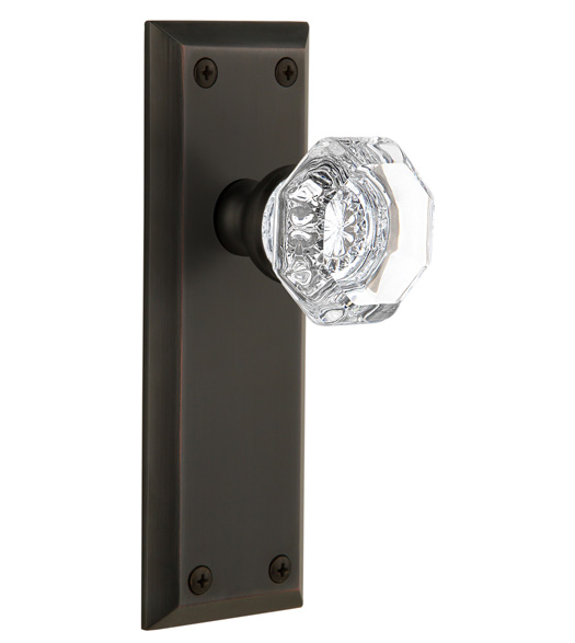 Fifth Avenue Plate With Crystal Chambord Knob