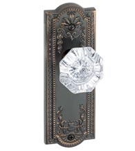 Parthenon Plate With Crystal Chambord Knob, Grandeur PARCHM